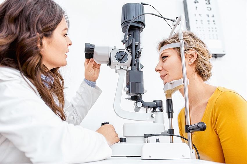 medicul oftalmolog pentru copii acasă